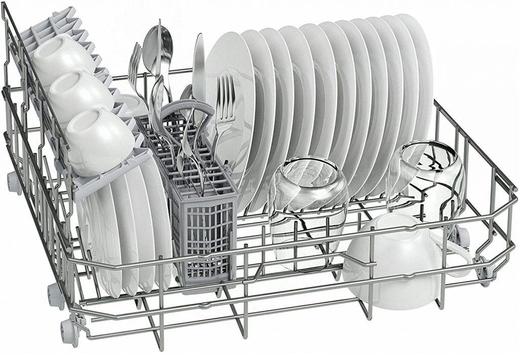 lava los platos con poco espacio